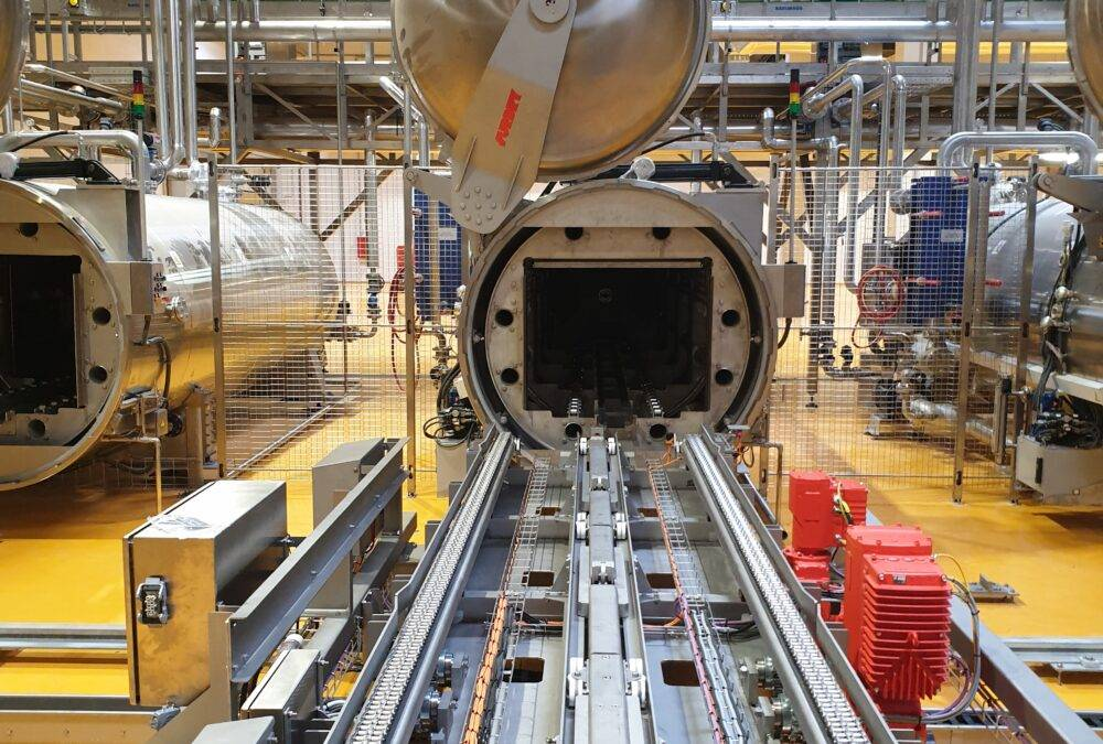 Industrial autoclave food
