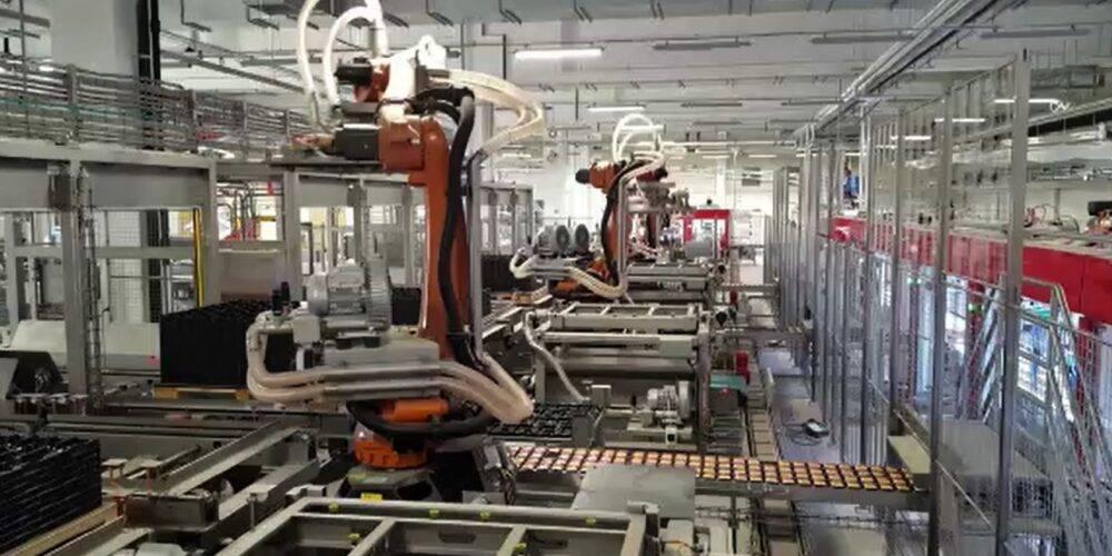 Variety pack unloading robots